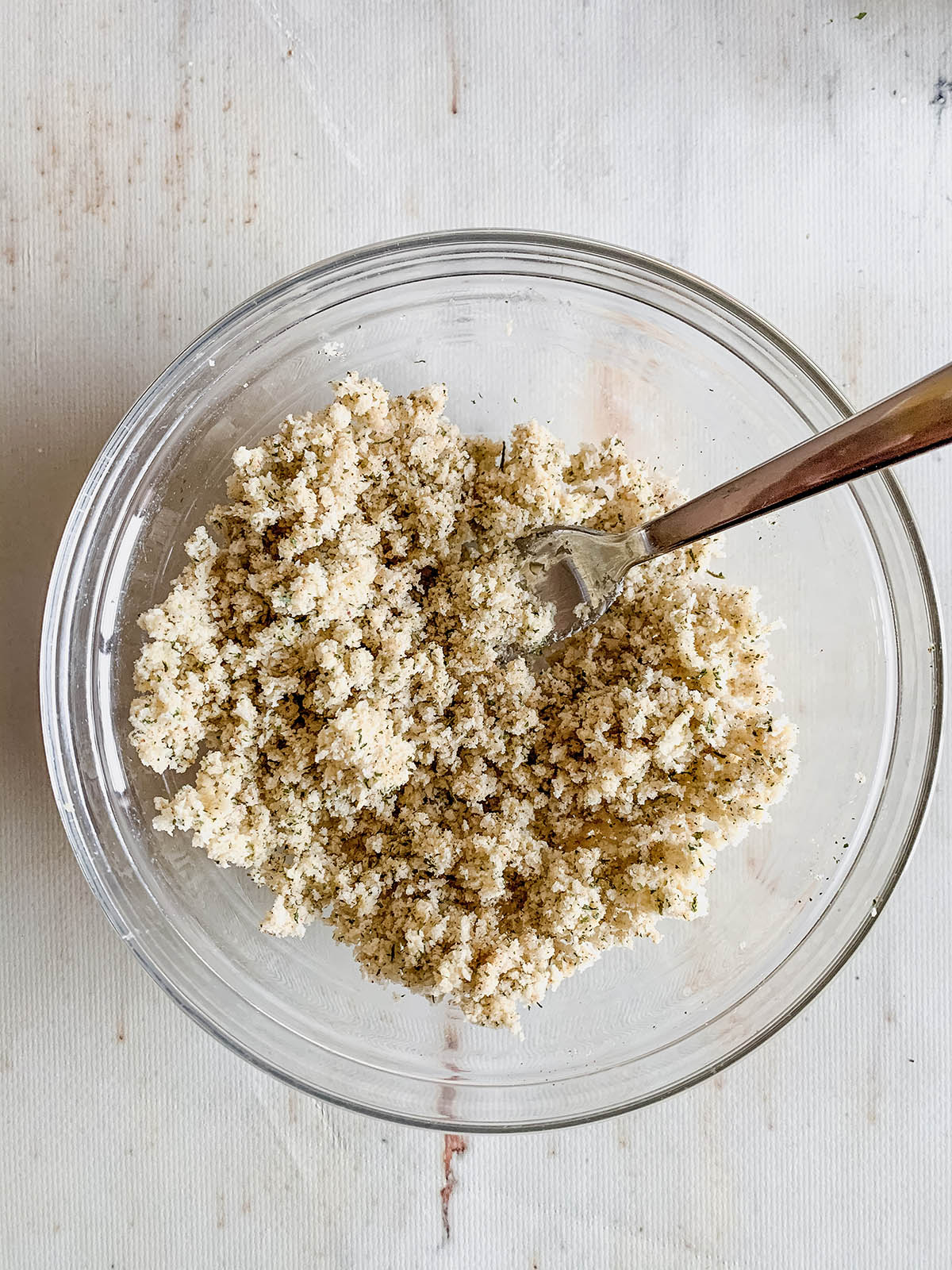 Mixed breadcrumb topping for fish.